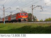Купить «Пригородная электричка», фото № 3808130, снято 10 августа 2012 г. (c) Денис Ларкин / Фотобанк Лори