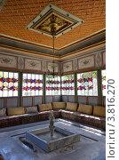 Купить «Интерьер беседки в ханском дворец в Бахчисарае», фото № 3816270, снято 22 августа 2012 г. (c) Аркадий Захаров / Фотобанк Лори