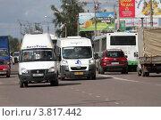 Купить «Балашиха, маршрутное такси», эксклюзивное фото № 3817442, снято 12 августа 2011 г. (c) Дмитрий Неумоин / Фотобанк Лори