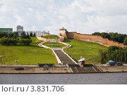 Купить «Вид на Нижний Новгород и Чкаловскую лестницу с Волги», фото № 3831706, снято 7 июня 2012 г. (c) Igor Lijashkov / Фотобанк Лори