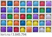 Купить «Воздушные шары в квадратных ячейках», фото № 3845794, снято 1 сентября 2012 г. (c) Юрий Викулин / Фотобанк Лори