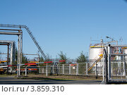 На территории завода химреагентов (2012 год). Редакционное фото, фотограф Бордачёва Светлана / Фотобанк Лори