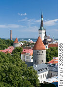 Эстония. Таллин. Вид на Старый город (2012 год). Стоковое фото, фотограф Александр Лопарев / Фотобанк Лори