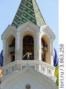 Купить «Колокольня храма святого благоверного Игоря Черниговского в Переделкине. Фрагмент», эксклюзивное фото № 3863258, снято 20 сентября 2012 г. (c) Юрий Шурчков / Фотобанк Лори