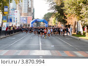 Купить «VIII благотворительный забег RUN ASICS KRASNODAR», фото № 3870994, снято 8 сентября 2012 г. (c) WalDeMarus / Фотобанк Лори