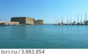 Купить «Венецианская крепость Кулес и гавань, Ираклион, Крит», видеоролик № 3883854, снято 29 сентября 2012 г. (c) Ростислав Агеев / Фотобанк Лори