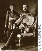 Купить «Царь Николай II c сыном», фото № 3902442, снято 15 октября 2019 г. (c) Виктор Сухарев / Фотобанк Лори