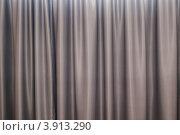 Купить «Плотные шторы», фото № 3913290, снято 17 сентября 2012 г. (c) Дмитрий Брусков / Фотобанк Лори