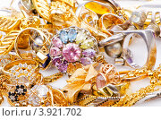 Купить «Большая коллекция золотых ювелирных изделий», фото № 3921702, снято 12 июля 2012 г. (c) Elnur / Фотобанк Лори