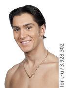 Купить «Портрет молодого мужчины с обнажённым торсом», фото № 3928302, снято 27 января 2012 г. (c) Михаил Иванов / Фотобанк Лори