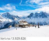 Горнолыжный курорт во французских альпах. Стоковое фото, фотограф Виктор Андреев / Фотобанк Лори