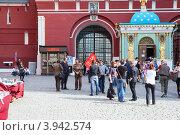 Ленин и Сталин перед Кремлем, Москва (2012 год). Редакционное фото, фотограф Кекяляйнен Андрей / Фотобанк Лори