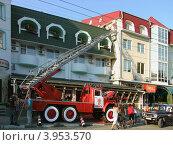 Купить «Мирные будни алуштинских пожарных», фото № 3953570, снято 22 июня 2012 г. (c) Ельцов Владимир / Фотобанк Лори