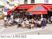 Купить «Франция, Париж. Уличное кафе», фото № 3953922, снято 30 апреля 2012 г. (c) Алексей Ширманов / Фотобанк Лори