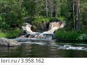 Купить «Рукава водопада Ахвенкоски (Рускеальский водопад). Карелия», фото № 3958162, снято 28 июля 2012 г. (c) Виктор Карасев / Фотобанк Лори