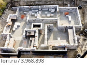 Купить «Строительство первого этажа жилого дома», фото № 3968898, снято 14 октября 2012 г. (c) Константин Безденежных / Фотобанк Лори