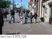 Дети на Невском (2008 год). Редакционное фото, фотограф Екатерина Рыбникова / Фотобанк Лори