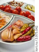 Маринованные овощи. Стоковое фото, фотограф Олег Жуков / Фотобанк Лори