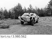 БРДМ в движении по пересеченной местности. Стоковое фото, фотограф Андрей Небукин / Фотобанк Лори