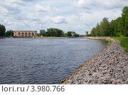 Купить «Шлюз на канале имени Москвы», эксклюзивное фото № 3980766, снято 25 июля 2012 г. (c) Елена Коромыслова / Фотобанк Лори