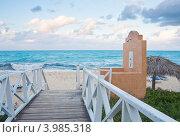 Пляж  на берегу океана. Остров Кайо Гилермо (Cayo Guillermo). Куба (2011 год). Стоковое фото, фотограф Николай Коржов / Фотобанк Лори
