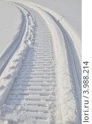 Купить «След от снегохода», эксклюзивное фото № 3988214, снято 17 марта 2012 г. (c) Елена Коромыслова / Фотобанк Лори