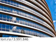 Здание бизнес центра. Стоковое фото, фотограф Николай Михайловский / Фотобанк Лори