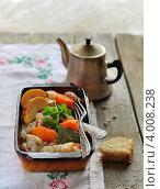 Купить «Свинина по-нормандски», фото № 4008238, снято 13 октября 2011 г. (c) Татьяна Ворона / Фотобанк Лори