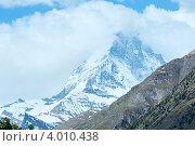 Купить «Пик Маттерхорн за облаками», фото № 4010438, снято 7 июня 2012 г. (c) Юрий Брыкайло / Фотобанк Лори
