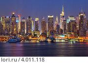 Купить «Манхэттен ночью», фото № 4011118, снято 17 июля 2018 г. (c) Sergey Borisov / Фотобанк Лори