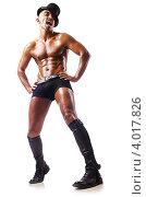 Купить «Полуголый мужчина-танцор в шляпе и сапогах», фото № 4017826, снято 18 августа 2012 г. (c) Elnur / Фотобанк Лори
