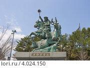 Купить «Конная статуя японского полководца Ходзё Соун. Станция Одавара, префектура Канагава, Япония», фото № 4024150, снято 8 апреля 2012 г. (c) Иван Марчук / Фотобанк Лори