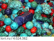 Купить «Декоративная бирюза и другие камни крупным планом», фото № 4024382, снято 29 сентября 2012 г. (c) Felix Bensman / Фотобанк Лори