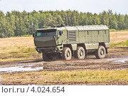 Новый российский бронеавтомобиль КАМАЗ «Тайфун» (2012 год). Редакционное фото, фотограф Владимир Сергеев / Фотобанк Лори