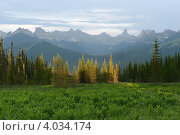 Купить «Горный пейзаж. Хребет Ергаки», фото № 4034174, снято 16 июня 2012 г. (c) Андрей Павлов / Фотобанк Лори