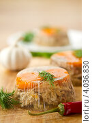 Купить «Заливное из мяса», фото № 4036830, снято 20 ноября 2012 г. (c) Peredniankina / Фотобанк Лори