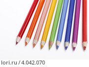 Цветные карандаши на белом фоне. Стоковое фото, фотограф Наталья Немчинова / Фотобанк Лори