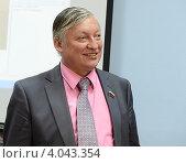 Купить «Анатолий Карпов», эксклюзивное фото № 4043354, снято 4 сентября 2012 г. (c) Free Wind / Фотобанк Лори