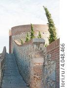 Купить «Жирона. Torre de Sant Domènec - одна из башен крепостной стены», фото № 4048466, снято 17 октября 2012 г. (c) Бурмистрова Ирина / Фотобанк Лори