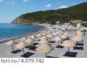 Пляж Дюрсо. Черное море (2011 год). Редакционное фото, фотограф Павел Спирин / Фотобанк Лори