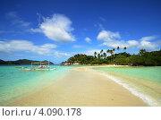 Песчаный тропический пляж (2012 год). Стоковое фото, фотограф Soft light / Фотобанк Лори