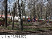 Купить «Уфа, детский парк», фото № 4092870, снято 20 апреля 2012 г. (c) Борис Кунин / Фотобанк Лори