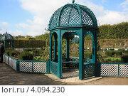 Купить «Ганновер. Беседка в большом парке Herrenhausen», фото № 4094230, снято 18 октября 2009 г. (c) Борис Кунин / Фотобанк Лори