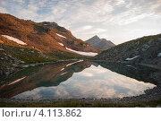 Горное озеро в Кавказских горах. Стоковое фото, фотограф Svetlana Yudina / Фотобанк Лори