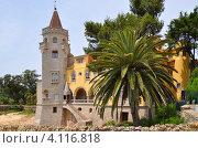 Замок с башней в Португалии (2012 год). Стоковое фото, фотограф юлия заблоцкая / Фотобанк Лори