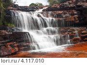 Водопад в яшмовом каньоне, Гран Савана, Венесуэла (2010 год). Стоковое фото, фотограф Dmitry Burlakov / Фотобанк Лори