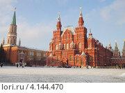 Купить «Москва. Красная площадь. Исторический музей», эксклюзивное фото № 4144470, снято 18 декабря 2012 г. (c) Яна Королёва / Фотобанк Лори