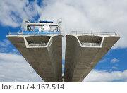 Строительство нового моста. Стоковое фото, фотограф Кропотов Лев / Фотобанк Лори