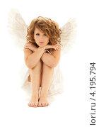 Купить «Юная очаровательная девушка в образе белого ангела», фото № 4195794, снято 1 августа 2009 г. (c) Syda Productions / Фотобанк Лори