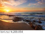 Купить «Вид на морской пляж и прибой в часы заката», фото № 4200054, снято 9 декабря 2012 г. (c) Николай Винокуров / Фотобанк Лори